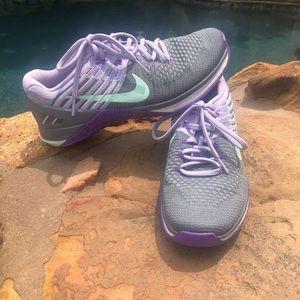 Nike Metcon Dsx Flyknit Womens Cross Training